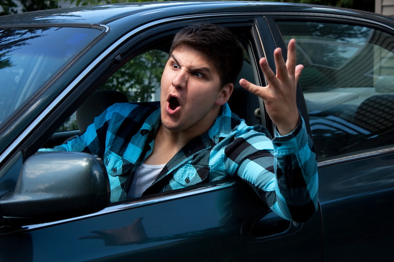 conducteur qui hurle