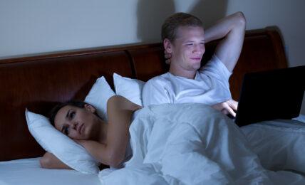 couples et réseaux sociaux